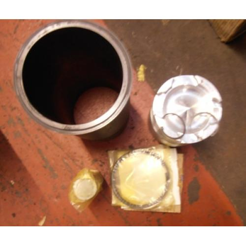 Truck Parts - Cummins piston liner kit