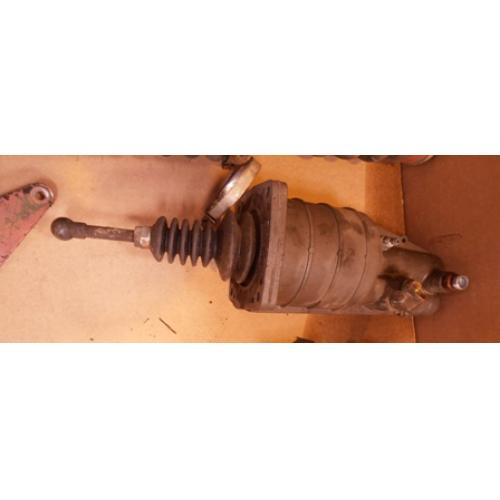 Truck Parts - Iveco clutch booster